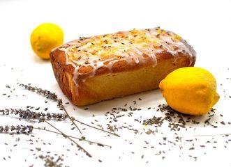 Κέικ λεμονιού με γιαούρτι και γλάσο - Ιδανικό σνακ και για το σχολείο!