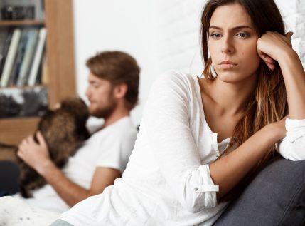Αυτές είναι οι 5 συνήθειες που φθείρουν τη σχέση σου!