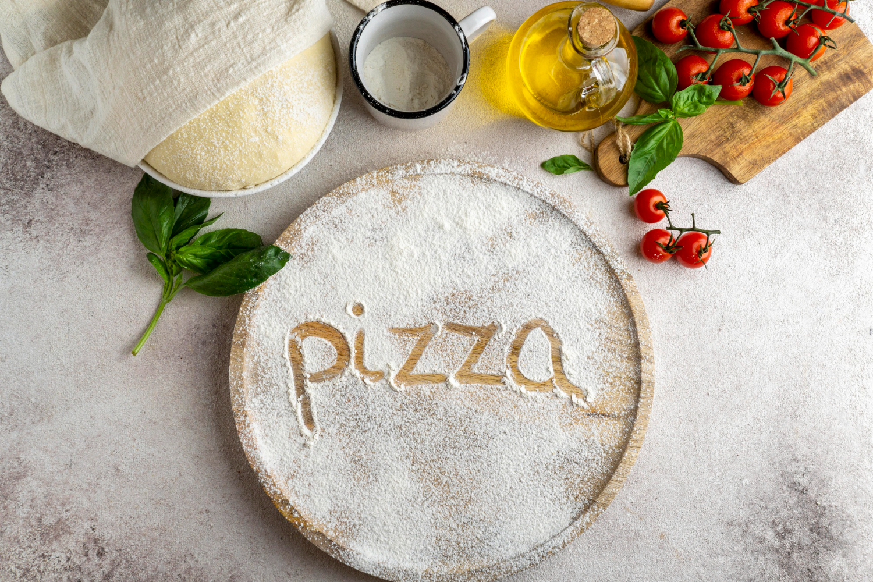 Ζύμη για πίτσα με δύο μόνο υλικά - Σκέφτεστε ευκολότερη;
