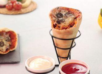 Η πίτσα-χωνάκι που έχει τρελάνει το Twitter - Δείτε πώς μπορείτε να τη φτιάξετε κι εσείς!