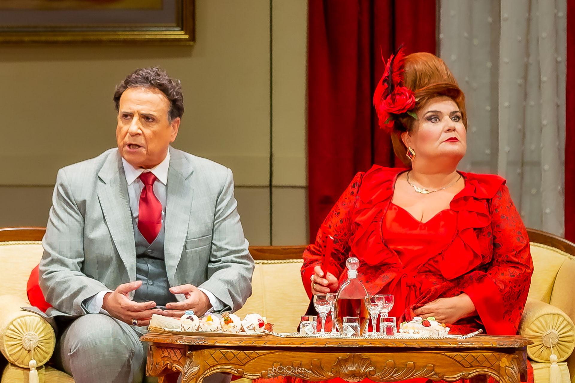 «Ο Κλέαρχος, η Μαρίνα και ο κοντός»: Επιστρέφει στο ALHAMBRA ART THEATRE η παράσταση που αγαπήθηκε από το κοινό!