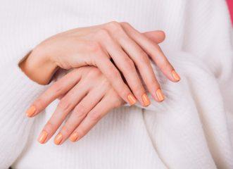 εμμηνόπαυση-οι-επιπτώσεις-της-στα-χέρ