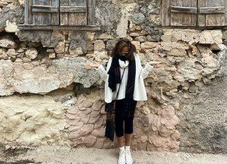 Donna Karan: Κάνει διακοπές στην Ελλάδα και διαφημίζει τις ομορφιές της χώρας μας - Εικόνες