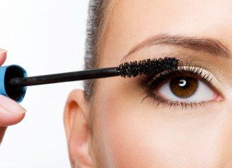 Βρήκαμε την τέλεια μάσκαρα και μολύβι για έντονο βλέμμα με ασύγκριτη διάρκεια!